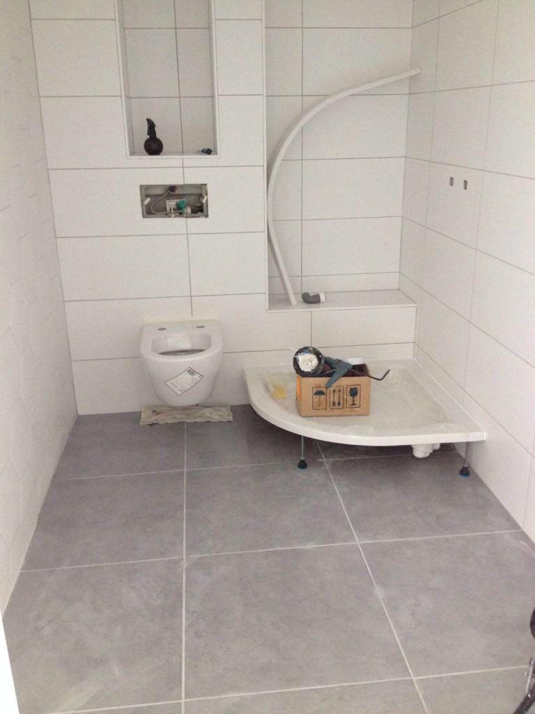 Femke verbouwen badkamer eerste resultaat